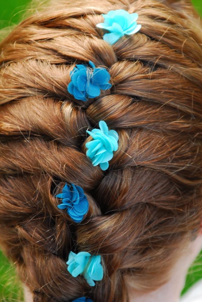 Flower Child Hair (2/4)